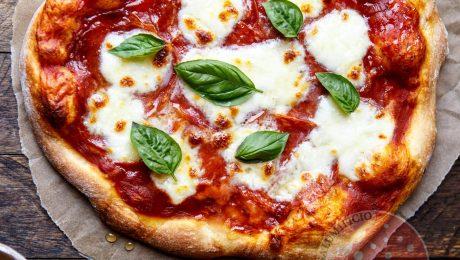 Pizza con Spianata Piccante Sorrentino