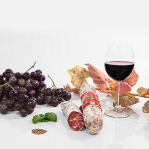 Montepulciano d'Abruzzo Wein Salami